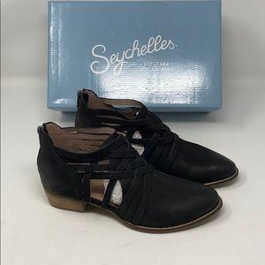 New/dis   SEYCHELLES   booties